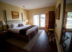 Vintage Villas - Austin - Schlafzimmer