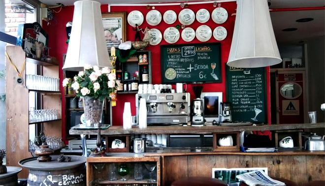 InOut Hostel Barcelona - Barcelona - Restaurant