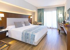 Alanda Hotel Marbella - Marbella - Bedroom