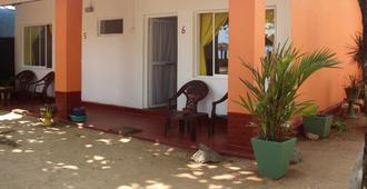 Golden Beach Cottages - Trincomalee