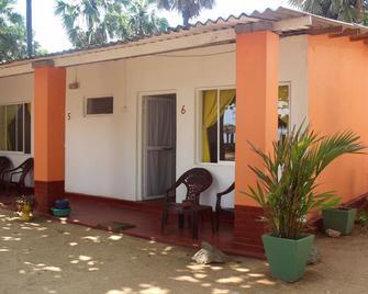 Golden Beach Cottages - Trincomalee - Κτίριο