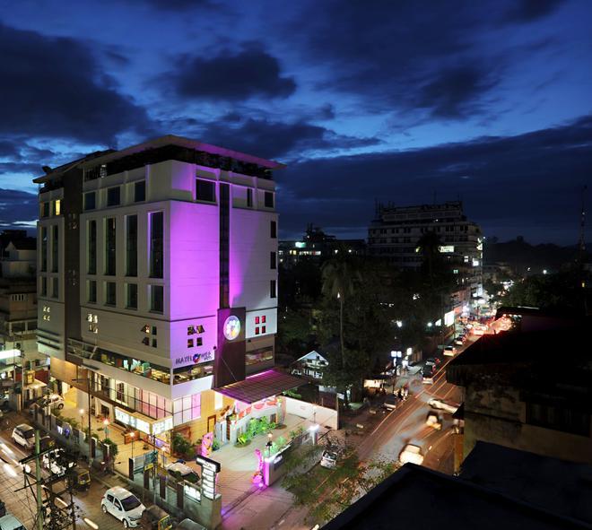 Mayflower Hotel - Guwahati - Building