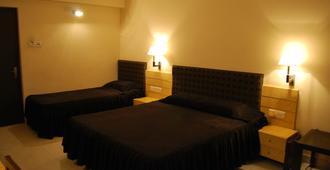 千禧飯店 - 古瓦哈提