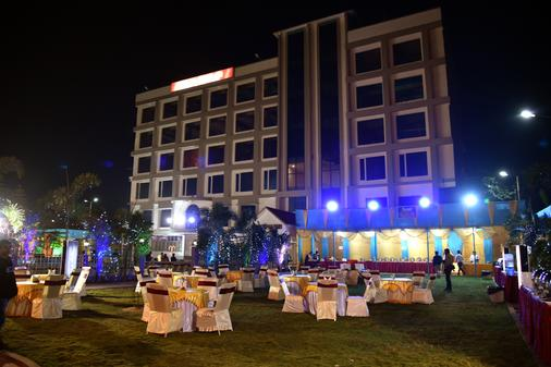 Hotel Jironi - Jorhāt - Outdoors view