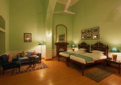 The Lallgarh Palace - A Heritage Hotel - Bikaner - Bedroom