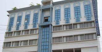 Vishwaratna Hotel - Guwahati