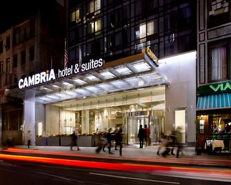 Cambria Hotel New York - Times Square - New York - Building