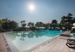 Hotel Villa Maria - Desenzano del Garda - Bể bơi