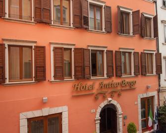 Hotel Antico Borgo - Riva del Garda - Gebäude