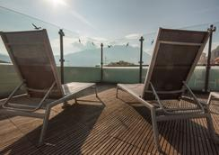安蒂科博爾戈酒店 - 里瓦德加爾達 - 加爾達湖濱 - 露天屋頂