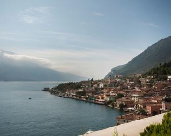 Hotel Royal Village - Limone sul Garda - Außenansicht
