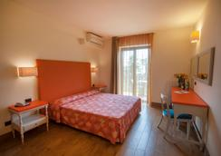 Hotel Royal Village - Limone sul Garda - Κρεβατοκάμαρα