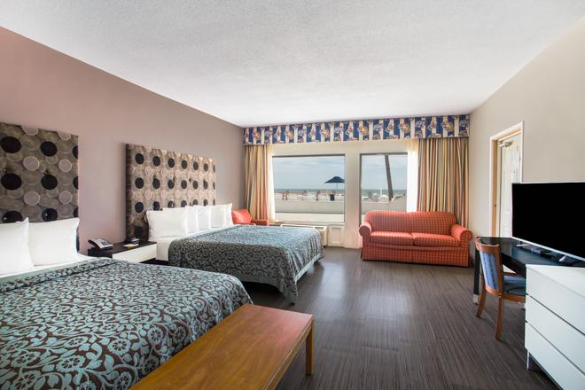 Days Inn by Wyndham Ormond Beach Mainsail Oceanfront - Ormond Beach - Bedroom