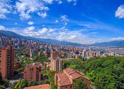 The Morgana Poblado Suites Hotel - Medellín - Outdoor view