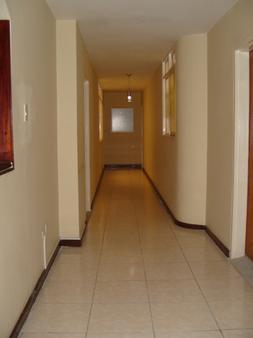 Hotel Gran Via - Armenia - Hallway