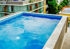 Koox Downtown Family Boutique Hotel - Playa del Carmen - Uima-allas