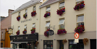 Virginia's Guesthouse - Kenmare - Building