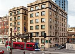 Mark Spencer Hotel - Portland - Building