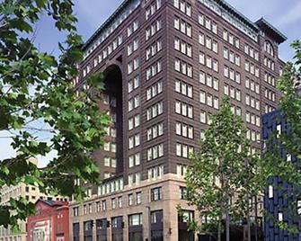 Renaissance Pittsburgh Hotel - Pittsburgh - Building
