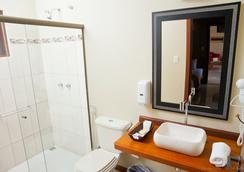 Pousada Don Juan - Paraty - Bathroom