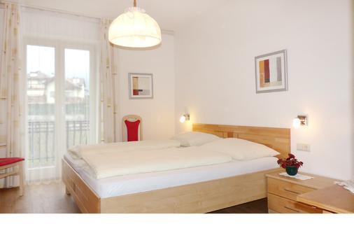 Pension Sunnhofer - Vilpiano - Schlafzimmer