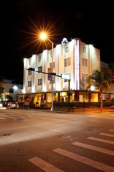 South Beach Plaza Villas - Bãi biển Miami - Toà nhà