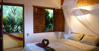 Cabinas Montesol - Puerto Viejo de Talamanca - Bedroom