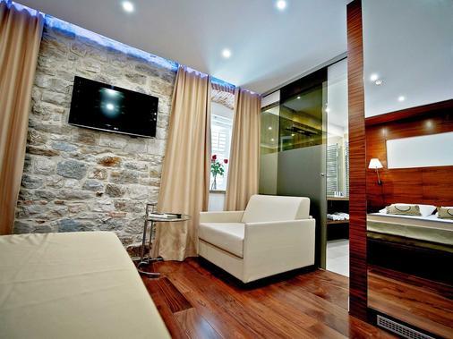 Heritage Jupiter Luxury Hotel - Split - Olohuone