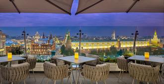 The Ritz-Carlton, Moscow - Moskva - Takterrasse