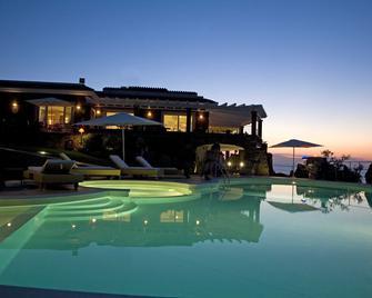 Bajaloglia Resort - Castelsardo - Rakennus