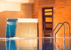 Heliopark Residence - Penza - Pool