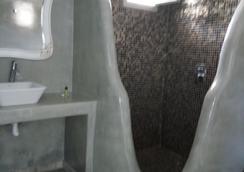 Suites Blue Hotel - Σαντορίνη - Μπάνιο