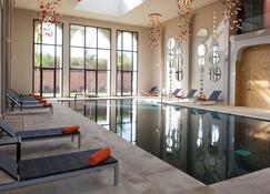 阿格達勒梅迪納肯茲俱樂部酒店 - 馬拉喀什 - 馬拉喀什 - 游泳池