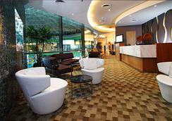 Hotel H2o - Manila - Aula