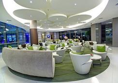 Hotel H2o - Manila - Oleskelutila
