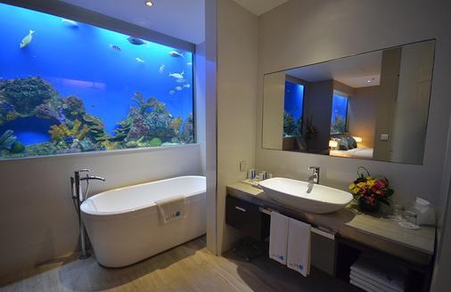 Hotel H2o - Manila - Kylpyhuone