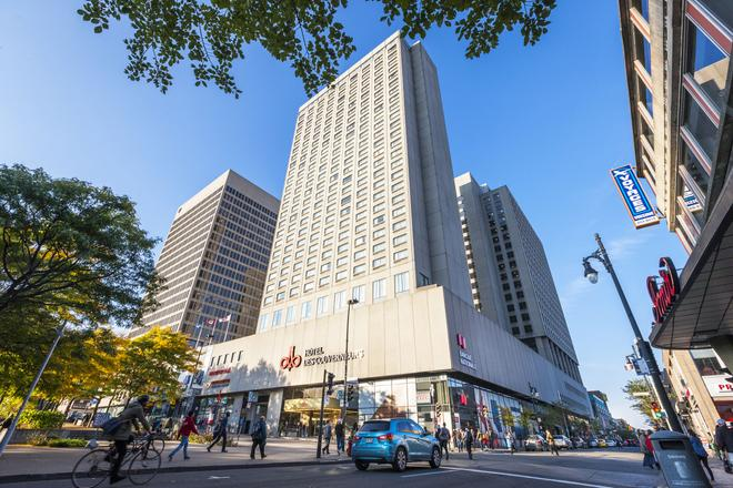 Hotel Place Dupuis Montreal Downtown Ascend Hotel Collection - Montreal - Building