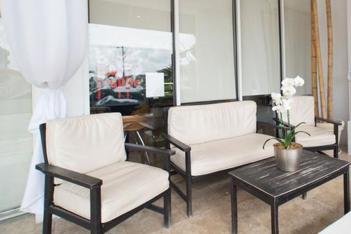 The Mimosa Hotel - Miami Beach - Living room