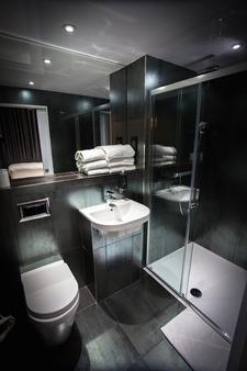 The W14 Hotel Kensington - London - Bathroom
