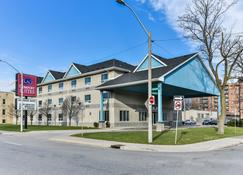 Comfort Suites Downtown - Windsor - Κτίριο