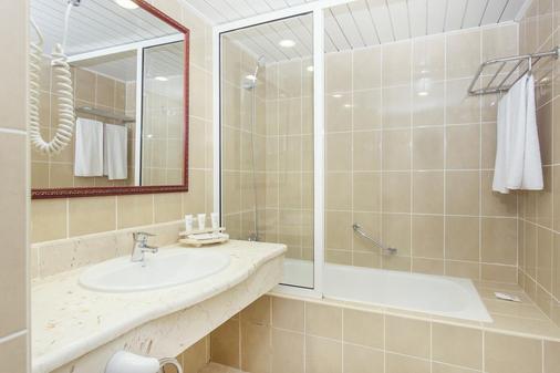 Be Live Experience Las Morlas - Varadero - Bathroom