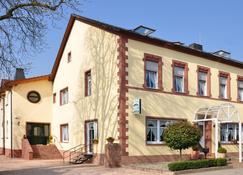 Landhaus Warndtwald - Wadgassen - Bygning