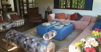 Pousada Casa de Esther - Teresópolis - Living room