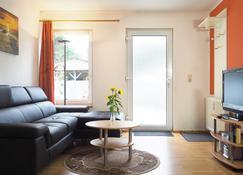Pension Tannenheim - بريرو - غرفة معيشة