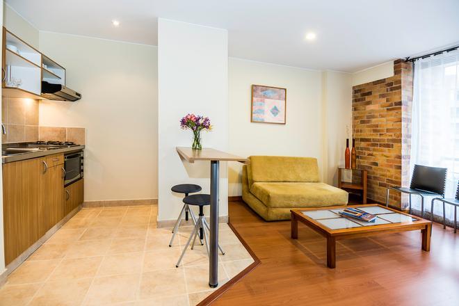 Viaggio Parque 54 Apartments - Bogotá - Olohuone