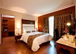 Goldfinch Hotel - Bengaluru - Bedroom