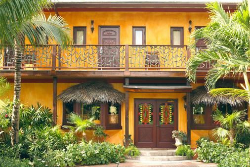 Marley Resort & Spa - Nassau - Building