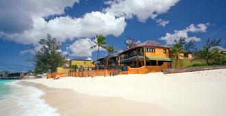 Marley Resort & Spa - נאסאו - חוף