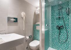 Hotel Ohm by HappyCulture - Pariisi - Kylpyhuone