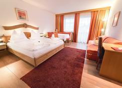 Alpen Adria Hotel & Spa - Hermagor - Bedroom
